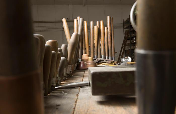 Traditionelles Handwerk der Leuchten Manufactur Wurzen
