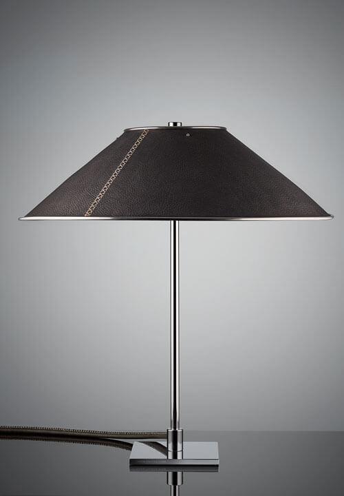Tischleuchte LEATHER – designedby Peter Preller // Leuchten Manufactur Wurzen